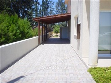 33390-spacious-3-bedrooms-new-house-in-asomat