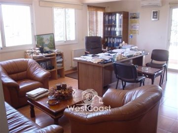33392-spacious-3-bedrooms-new-house-in-asomat