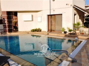 33626-modern-house-with-private-poolfull