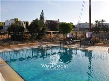 33618-modern-house-with-private-poolfull