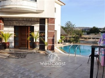33625-modern-house-with-private-poolfull