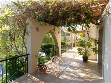 39657-for-sale-amazing-4-bed-villa-agios-tych