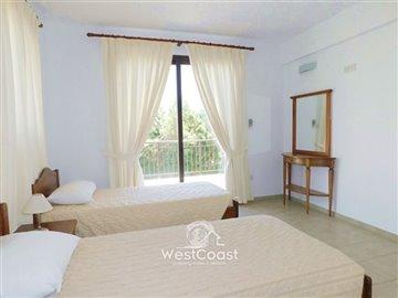 129178-detached-villa-for-sale-in-kissonergaf