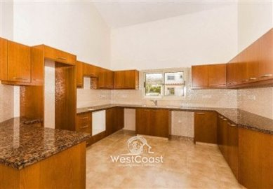 131076-bungalow-for-sale-in-pomosfull