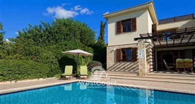 134937-detached-villa-for-sale-in-acheleiaful