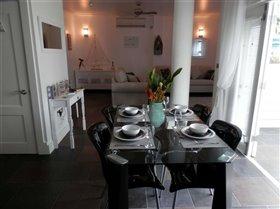 Image No.5-Appartement de 1 chambre à vendre à Marigot Bay