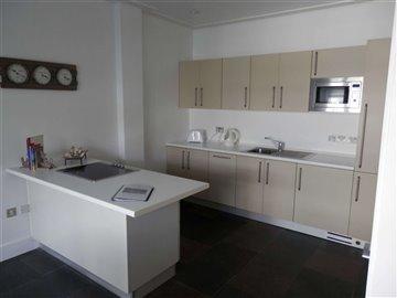 kitchen1-scaled