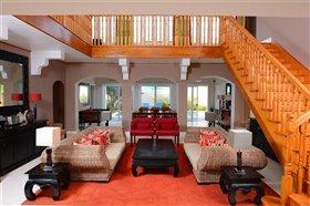 Image No.2-Villa de 4 chambres à vendre à Cas En Bas