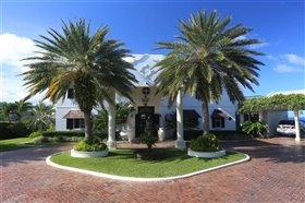 Image No.0-Villa de 4 chambres à vendre à Castries