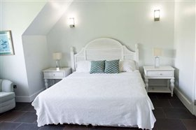 Image No.11-Appartement de 2 chambres à vendre à Marigot Bay