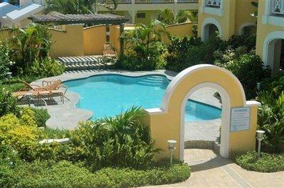 communal-pool1-e1384443992310