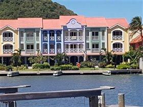 Image No.1-Maison de ville de 3 chambres à vendre à Rodney Bay