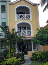 Image No.2-Maison de ville de 3 chambres à vendre à Rodney Bay