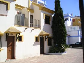 Image No.18-2 Bed Townhouse for sale
