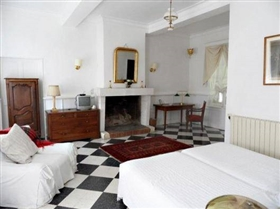 Image No.7-14 Bed House for sale