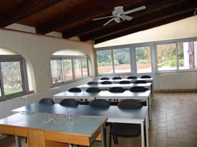 Image No.7-30 Bed House for sale