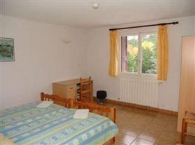 Image No.8-Maison de 30 chambres à vendre à Perpignan