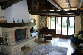 Image No.5-7 Bed Farmhouse for sale