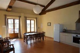 Image No.3-Maison de 9 chambres à vendre à Béziers