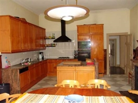 Image No.9-12 Bed House for sale