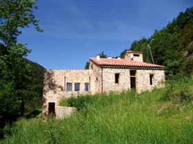 Image No.0-6 Bed Farmhouse for sale