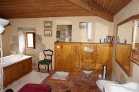 Image No.9-Châteaux de 2 chambres à vendre à Carcassonne