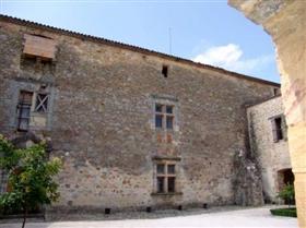 Image No.2-Châteaux de 2 chambres à vendre à Carcassonne