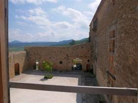 Image No.3-Châteaux de 2 chambres à vendre à Carcassonne