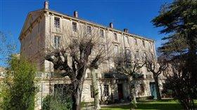 Image No.0-Châteaux de 32 chambres à vendre à Herault