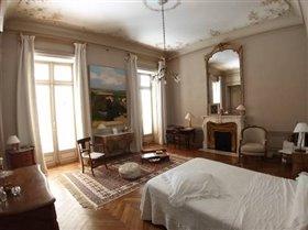 Image No.6-Châteaux de 32 chambres à vendre à Herault