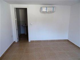 Image No.20-Commercial de 10 chambres à vendre à Fortuna