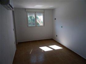 Image No.25-Commercial de 10 chambres à vendre à Fortuna
