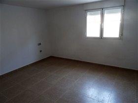 Image No.28-Commercial de 10 chambres à vendre à Fortuna
