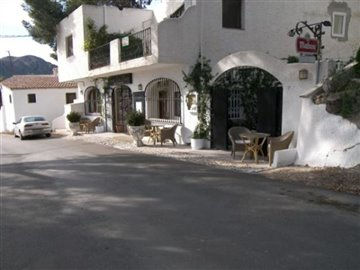 c640-commercial-property-for-sale-in-turre-44