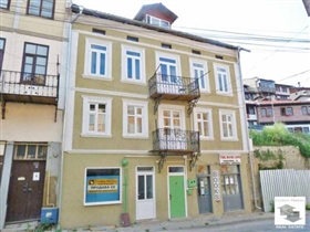 Image No.0-Maison de 6 chambres à vendre à Veliko Tarnovo