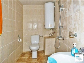 Image No.24-Maison de 6 chambres à vendre à Veliko Tarnovo