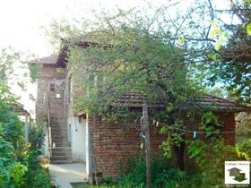 Image No.3-Maison de 2 chambres à vendre à Pavlikeni