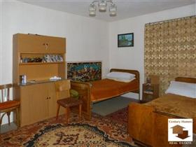 Image No.2-Maison de 3 chambres à vendre à Sevlievo