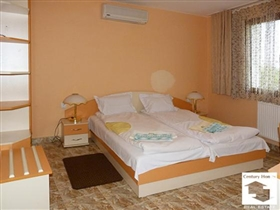 Image No.3-5 Bed House for sale