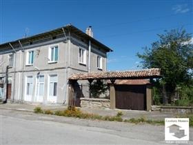 Image No.1-Maison de 3 chambres à vendre à Strazhitsa