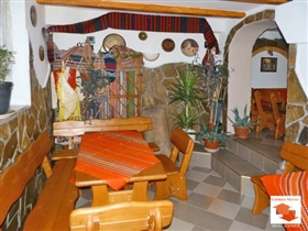 Image No.6-8 Bed House for sale