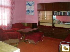Image No.1-Maison de 3 chambres à vendre à Veliko Tarnovo