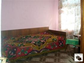 Image No.2-Maison de 3 chambres à vendre à Veliko Tarnovo
