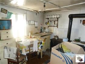 Image No.3-Maison de 1 chambre à vendre à Veliko Tarnovo