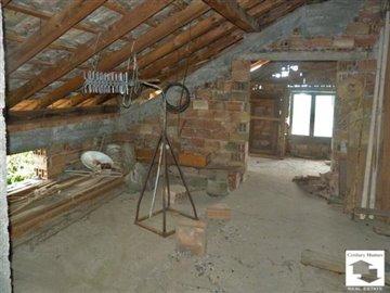 attic, spacious house