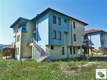 1 - Tryavna, House