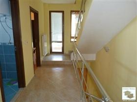Image No.13-Maison de 5 chambres à vendre à Tryavna