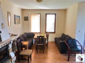 Image No.3-Maison de 5 chambres à vendre à Tryavna