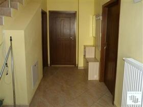 Image No.5-Maison de 5 chambres à vendre à Tryavna