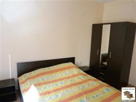 Image No.8-Maison de 5 chambres à vendre à Tryavna